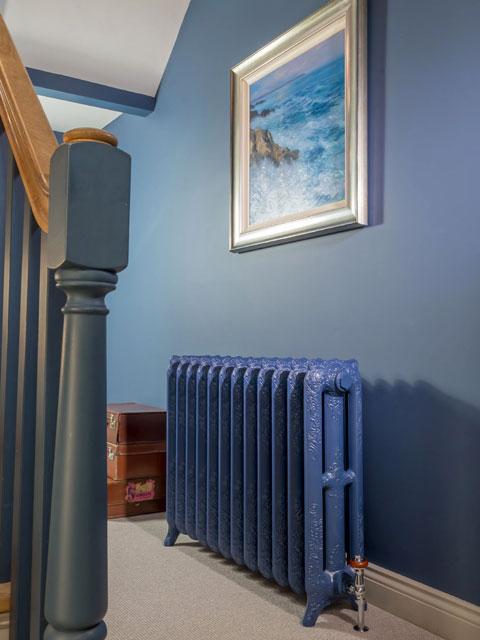 ketaus radiatorius, klasikiniai radiatoriai, senas radiatorius, senoviniai radiatoriai, rudieji radiatoriai