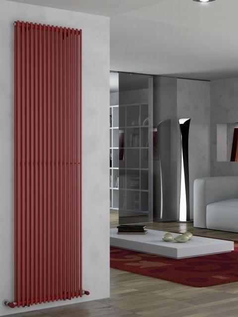 centrinio šildymo radiatoriai, aukšti radiatoriai, raudoni radiatoriai, vertikalūs radiatoriai