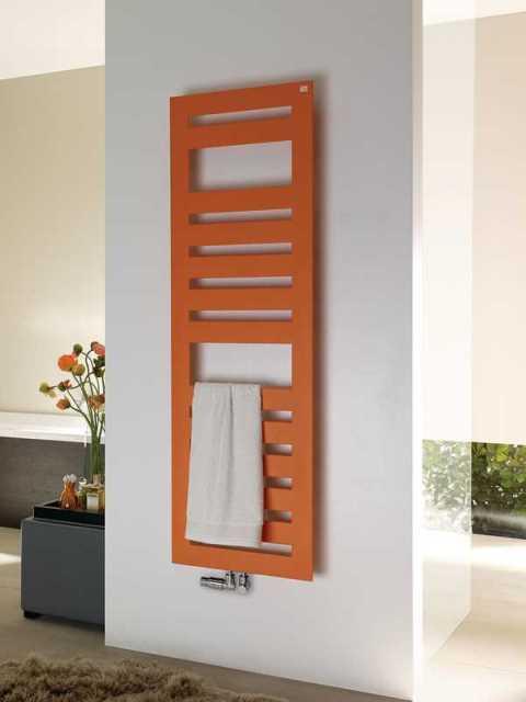 Radiatore da bagno fresco riscaldatori per bagno radiatori di senia for Radiatori elettrici per bagno