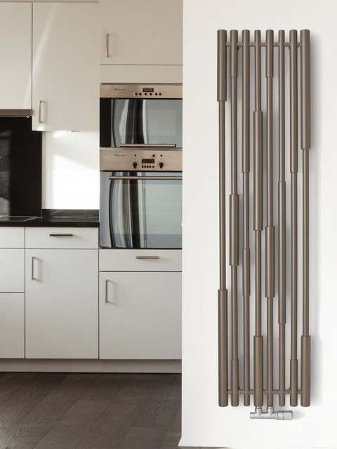 Vertical radiators lipton design radiators senia - Designer vertical radiators for kitchens ...