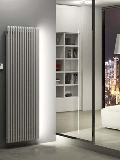 elektrinis radiatorius, pilkas elektrinis radiatorius, namų radiatoriai, išskirtiniai radiatoriai, vertikalus radiatorius