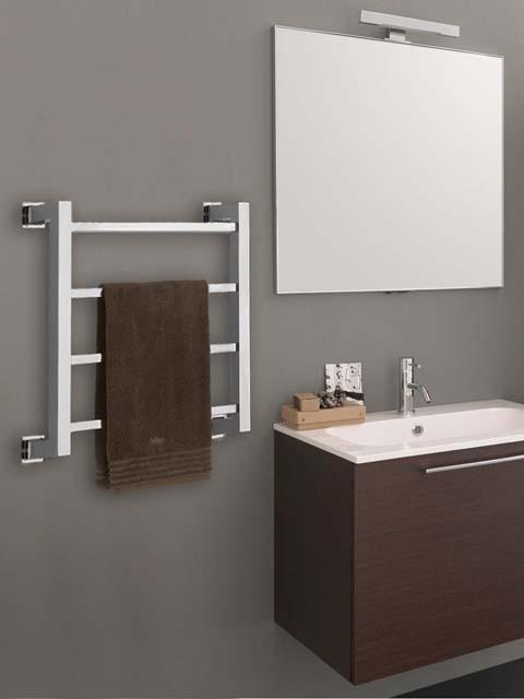 radiateurs électriques, chauffe-serviettes, porte-serviettes électriques, radiateur en laiton, porte-serviettes en argent