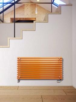 gekleurde radiator, enkele radiator, gele radiatoren, horizontale radiatoren