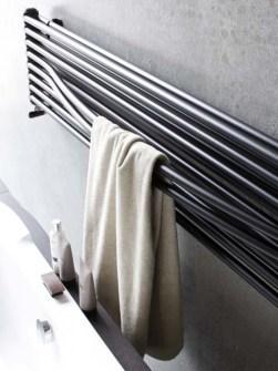 radiadores do banheiro do projeto, radiadores horizontais,