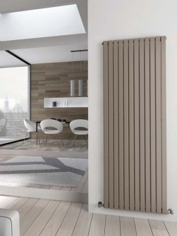 radiateurs branchés, des radiateurs, des radiateurs modernes colorés, grands radiateurs