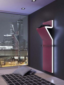 spezielle Heizkörper, Designerheizkörper, Luxusbadezimmer, rosafarbene Heizkörper