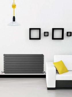 сірі радіатори, горизонтальні радіатори, домашні радіатори
